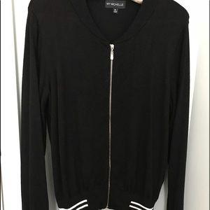 Short waist zipper jacket